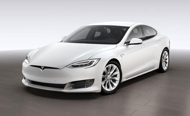 Tesla Model S weiß