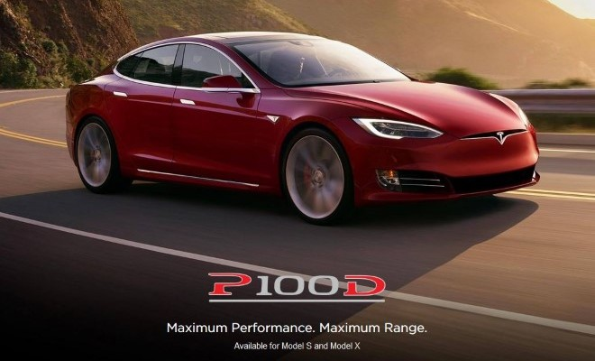 Tesla Model S P100D rot