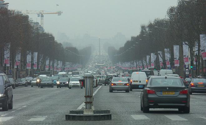 Frankreich paris verkehr smog feinstaubbelastung