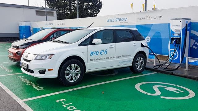 BYD e6 weiss Oesterreich Deutschland Fenecon ecario elektroauto e-auto schnelllader