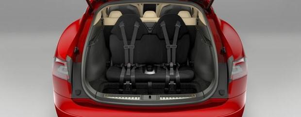 Tesla Model S 7 Sitze