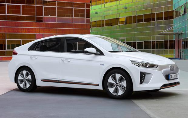 Hyundai Ioniq Electric seitlich weiß