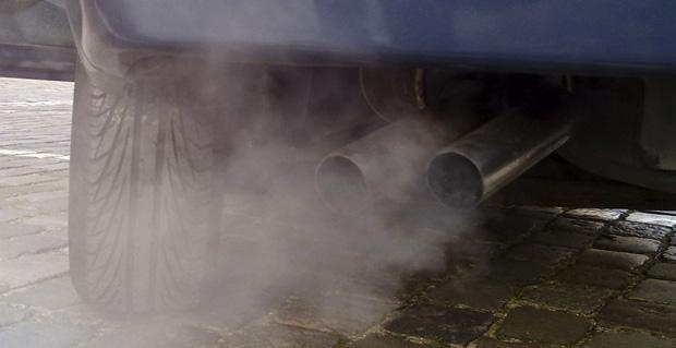 Auto Abgase Stau Feinstaubbelastung Verkehr dieselfreie Städte