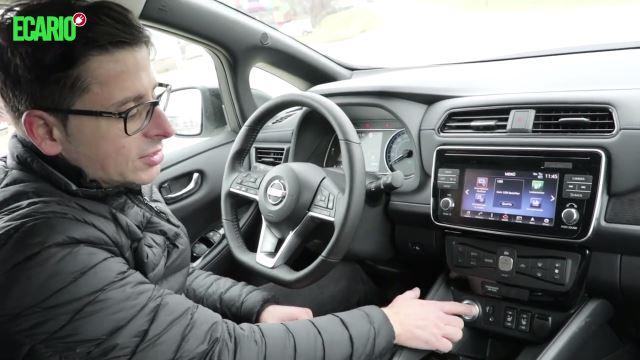 Nissan Leaf 2 Cockpit Innenraum Armaturen Tacho Materialien Lenkrad