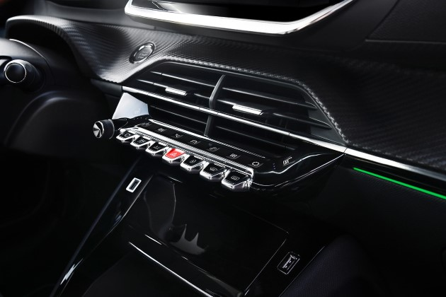Peugeot e-208 innenraum hebel taster bedienelemente (Andere)