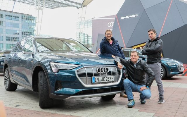 Audi e-tron ECARIO Robin TV Instadriver Meteorit Flughafen München (Andere)