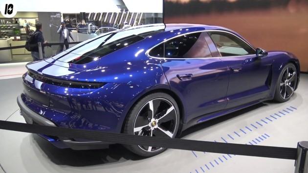 Porsche Taycan blau heck back IAA 2019