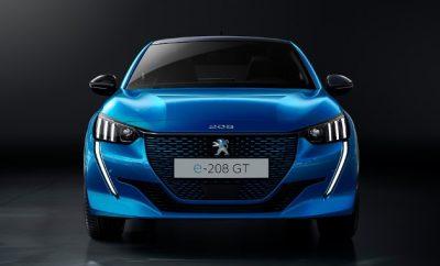 peugeot e-208 von vorne blau