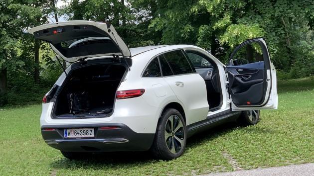 Mercedes EQC 400 4matic elektroauto test hinten offen kofferraum laderaum platz