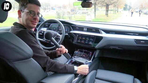 Audi etron sportback 50 quattro cockpit lenkrad display