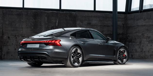Audi e-tron gt schräg hinten